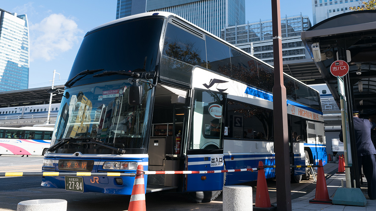 JR東海バスで名古屋から東京へ移動、新東名スーパーライナー12号の4A席は快適で調子が良い