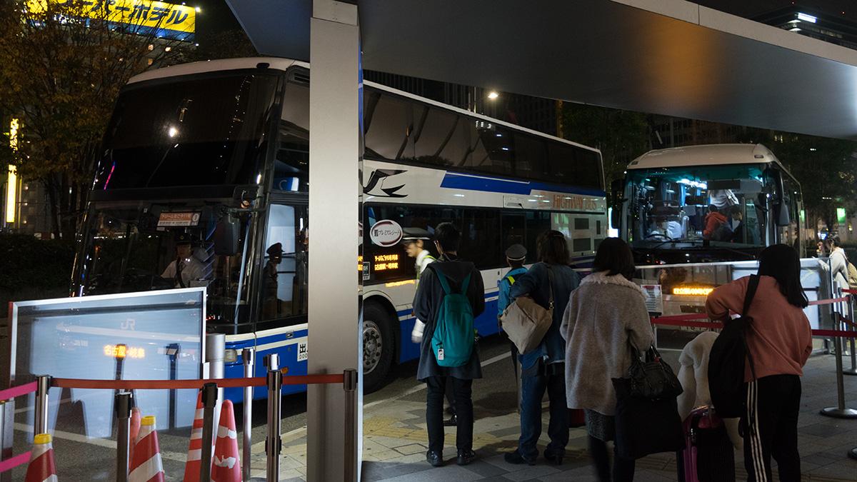 プレミアムシートを利用!ドリームなごや11号の夜行バス(JR東海バス)に乗車