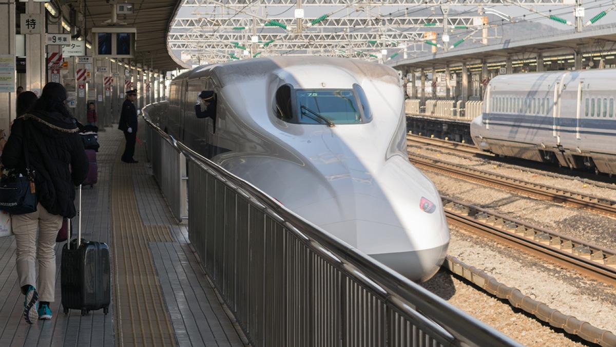 ひかり520号に乗って、名古屋から小田原へ