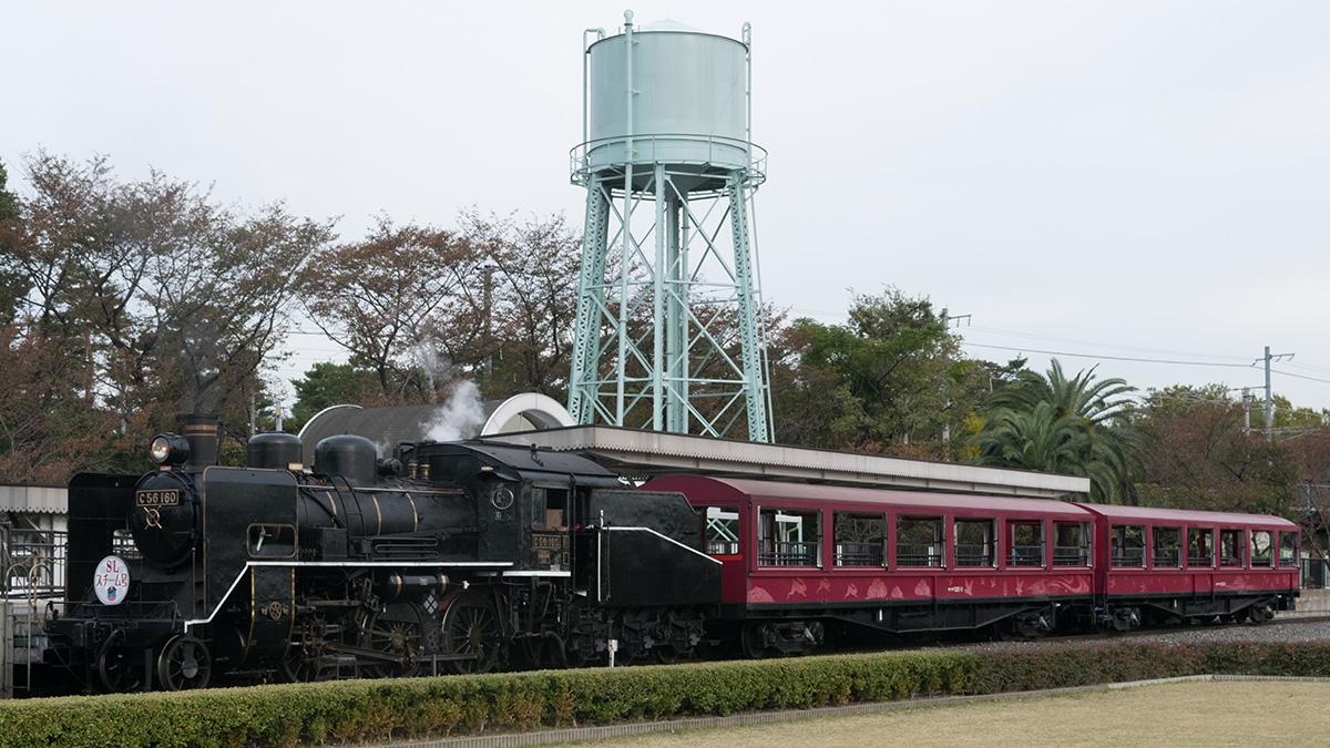 京都鉄道博物館の野外展示、梅小路機関区の名残も。