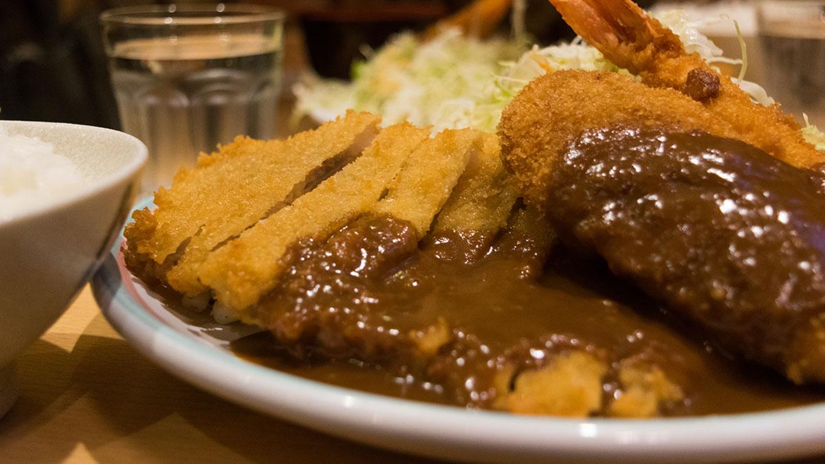 洋食屋 双平(神戸元町)フライ専門店で懐かしい味のランチを堪能