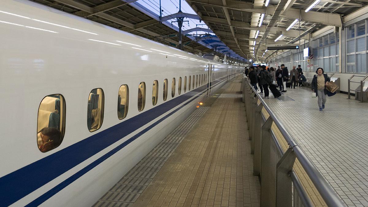 青春18きっぷから新幹線の乗り継ぎで手間取る、こだま666号に乗って熱海から品川へ