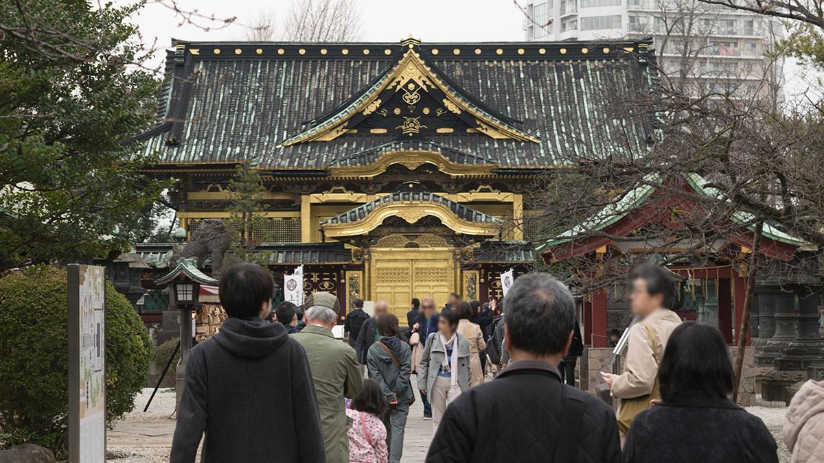 「上野東照宮」上野恩賜公園内にある神社は金色に輝いていた