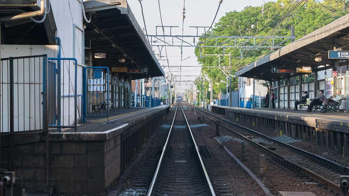 桜本町駅と桜駅の乗り換え、徒歩5分
