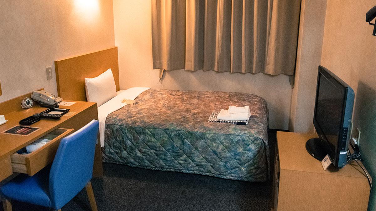 ホテル姫路プラザ、姫路駅前コスパ重視の古めなホテル