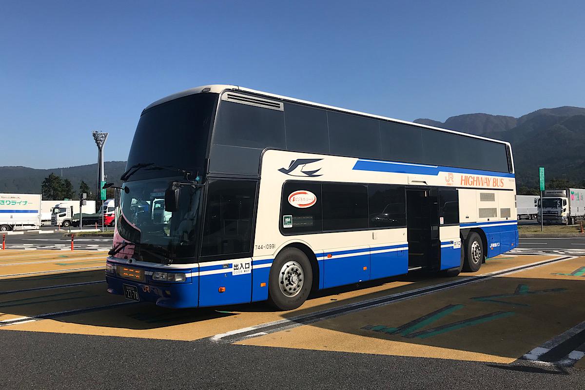 平日の高速バスは遅れる??40分遅れの新東名スーパーライナー12号